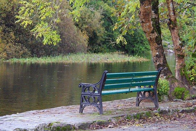 lavička k odpočinku