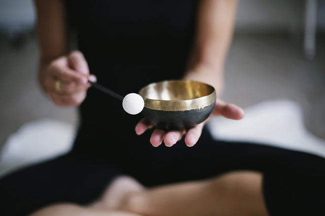 meditace s gongem.jpg